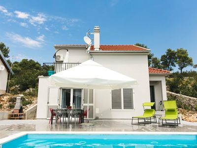 Photo for Holiday house Sibenik for 1 - 4 persons with 1 bedroom - Holiday house