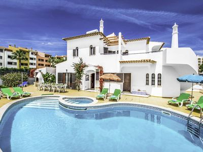 Photo for Villa Premier - Includes WI-FI & a private pool, Short walk to all the amenities