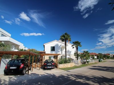 Photo for 1BR Apartment Vacation Rental in Novigrad, Istrien