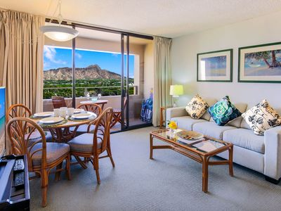 Photo for Diamond Head Views on 9th Fl. | 2-bdrm | Short Walk to Beach! | AC, Wifi & Parking