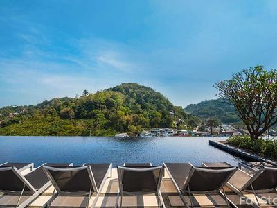 Photo for Amazing Cloud Pool with 1BR, Phuket City
