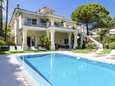 Photo for 6 bedroom Villa, sleeps 12 with Pool and Air Con
