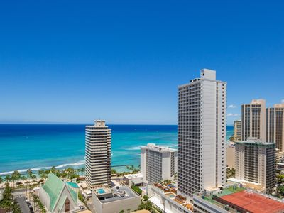 Photo for SPECTACULAR 29th Floor Ocean Views, FREE PKG & FREE WIFI,  E-Mail Inquiry