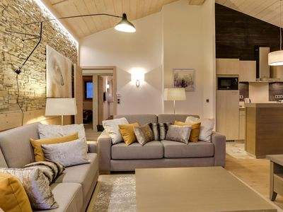 Photo for Carré Blanc 240: 5 rooms with contemporary atmosphere