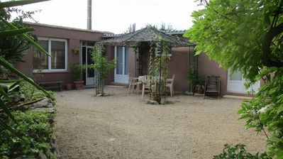 Photo for HOLIDAYS IN THE COUNTRYSIDE AND 10 MIN FROM THE BEACH