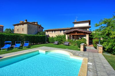 The beautiful pool at Casale Tiziano