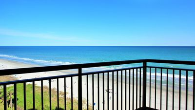 Photo for Ocean Reef, large direct Oceanfront 4 BR/3BA, Central, best rate, family resort,