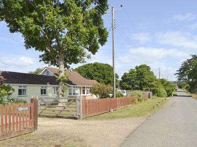 Photo for 1 bedroom accommodation in Yarmouth
