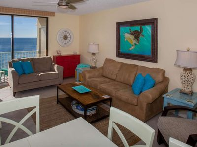 Photo for 3/2 Gulf-Front, Slps 8, Blcny, W/D, WiFi, Pool/Hot Tub/Fit Ctr/BBQ, Free Activities-Romar Place 1003