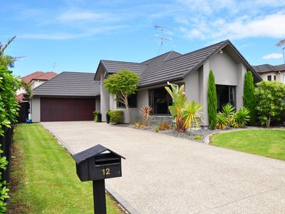 Photo for Auckland Stunning House (12km to Airport)