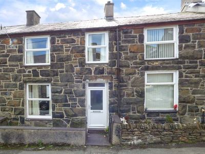 Photo for SNOWDONIA COTTAGE, pet friendly in Llanberis, Ref 928829