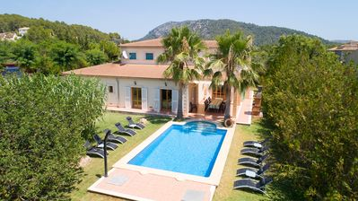 Photo for Villa for 10 with pool and jacuzzi, near beaches and villages, Sa Pobla