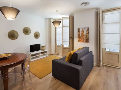 Photo for Charming apartment in central Soho