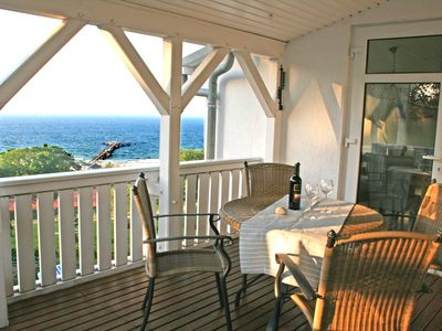 Photo for Large, exclusive apartment with wooden veranda, overlooking the sea chalk cliffs
