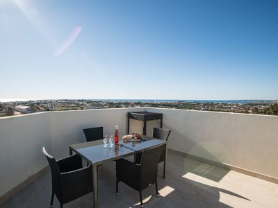 Photo for Modern Holiday Home in Patroves, Albufeira, Algarve
