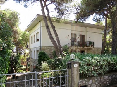 Photo for 2 bedroom Apartment, sleeps 4 in Castiglioncello with WiFi