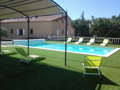 Photo for Pleasant family house with pool, indoor & outdoor games, Luberon