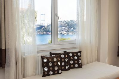 You can enjoy the view of Bosphorus in this house even if it is winter time at the comfort of your living room.
