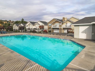 Photo for Mountain view townhome w/ deck & shared seasonal pool, walk to waterfront/town!