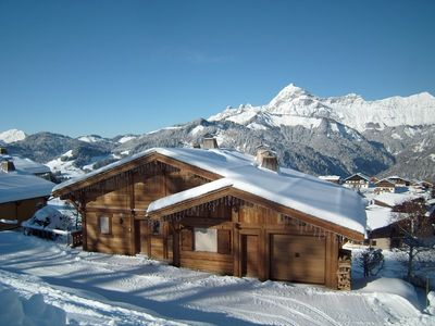 Photo for Chalet 12 people comfortable and spacious, 240 m. Wireless