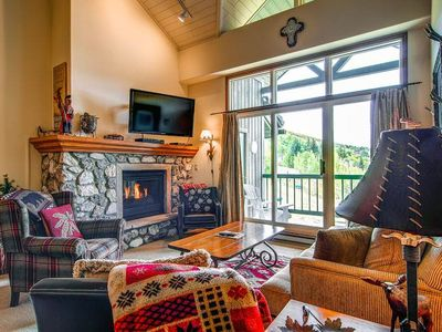 Photo for Spacious condo with a cozy gas fireplace, vaulted ceilings, and valley views.