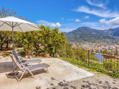 Photo for Fantastic Holiday Home with Wi-Fi, Air Conditioning and Rooftop Terrace with Panoramic View