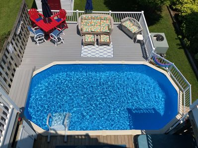 Private Pool and Hot Tub with Back deck and outside shower