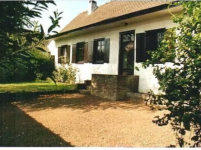 Photo for Charming well-modernised family home in a quiet friendly village