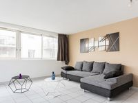 Great place to stay, apartment clean very spacious rooms. Shops bars near by.
