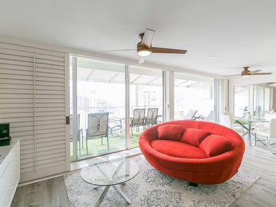 Photo for Exclusive! Penthouse!! 1 Bedroom Waikiki Marine Surf with Free Parking!