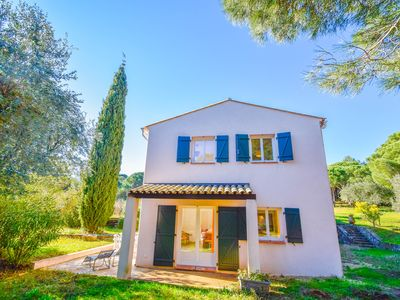 Photo for House for 6 people, 700 meters from the beaches of Gigaro