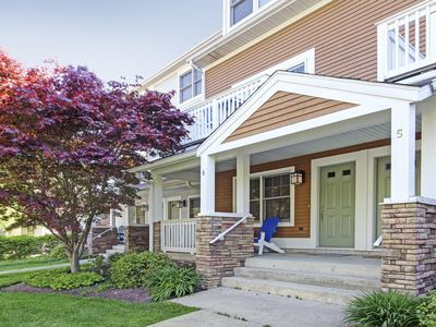 Modern, stylish townhome in the heart of downtown Saugatuck!