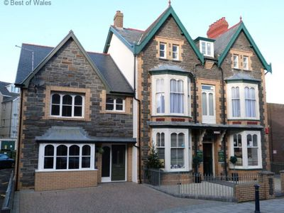 Photo for 4BR Apartment Vacation Rental in Aberystwyth, Wales