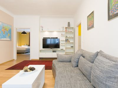 Photo for 3 room city apartment at Schwedenplatz