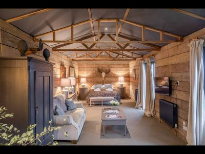 Photo for Luxury Barn conversion in rural Kent