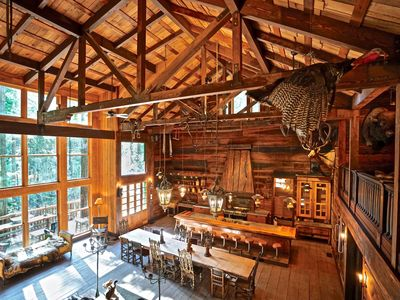 Ancient Redwoods - Stay Secure as We Bring the Wine Country to You - Concierge