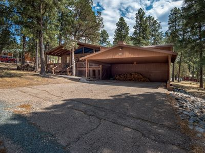 Photo for Cabin near Links Golf Course w/ WiFi, Fireplace, Grill & Gameroom