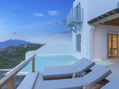 Photo for Panoramic Villa Horizon to rent in Mykonos, with 5 bedrooms, private pool, 12 sleeps.
