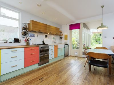 Photo for A stylish and colourful 3 bed home next to beautiful leafy parks (Veeve)