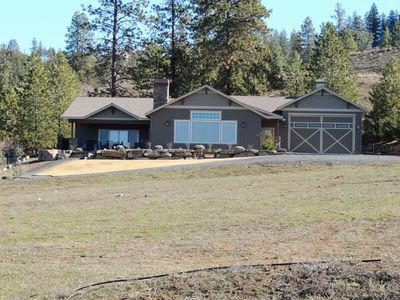 Photo for Beautiful Custom Home at Lake Roosevelt 2 Private Acres! Awesome Views!  12+