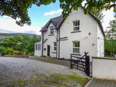 Photo for 5BR Cottage Vacation Rental in Corwen