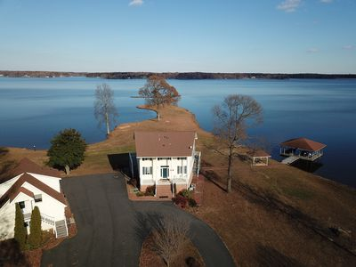 Photo for THE BEST VIEWS ON LAKE ANNA