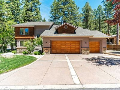 Photo for 112 Steam Circle: 4 BR / 3.5 BA house in Incline Village, Sleeps 9