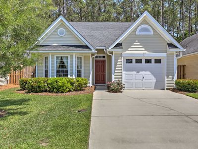 Photo for Summerville Home w/ Community Pool, 20 Mins to CHS