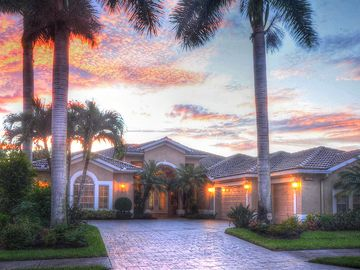 Cozy Familly Home With Private Heated Pool And Spa In A Gated Golf Community