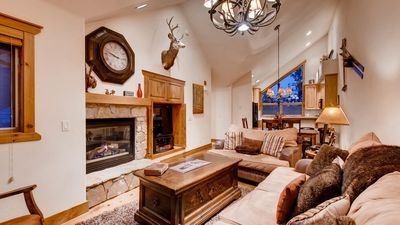 Photo for Saddlewood Ski Chalet: Easy Ski-in/Out, Private Hot Tub, Grill, Shuttle