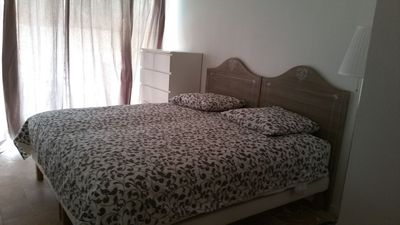 Photo for Nice apartment 3 rooms, 75 m, center of Saint Raphael with private parking.