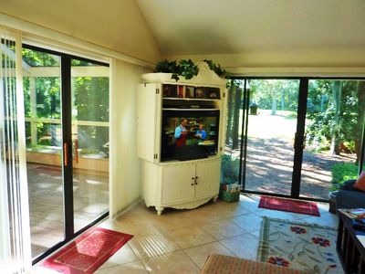 Photo for Golf View,Walk to the Beach, Pool and Tennis, Wi Fi,golf disc info,Bikes
