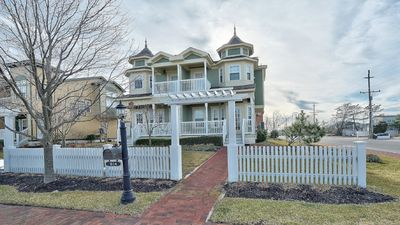 Photo for CHARMING HOME IN HEART OF BEACH HAVEN LBI!