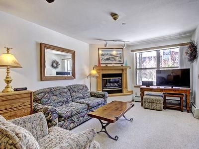 Photo for Relaxed 2Br 3Ba Seconds to Historic Main Street - Sleeps 8